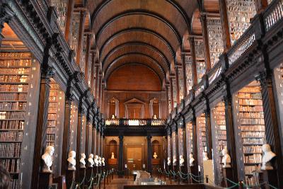 Library by Hannah Farrar